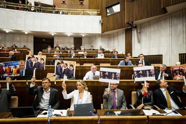 parlament_jakubco_res.jpg
