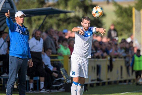 Tibor Ďungel po príchode na ihrisko oživil hru Martina.