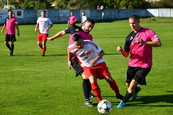 Ludanice nestačili prekvapujúco na hostí z Nemčíc, ktorí opäť strelili až päť gólov.