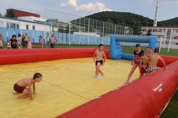 Deti si užili rôzne zábavné atrakcie.
