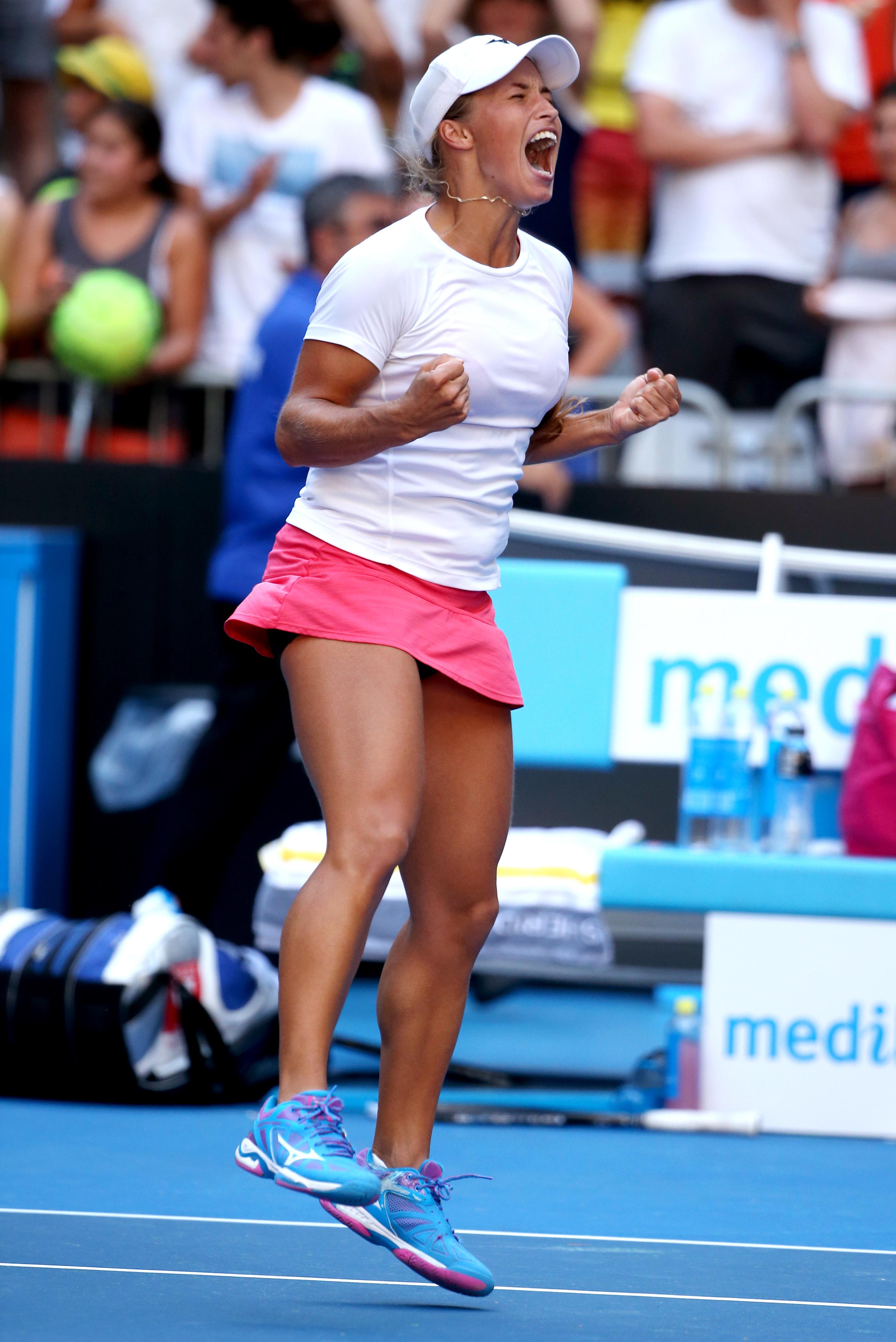 australian_open_tennis-eb90c258d4b848479_r364.jpeg