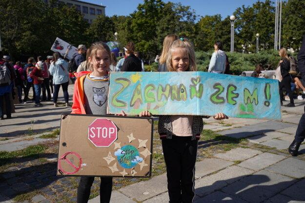 Protest v Bratislave na Námestí slobody.