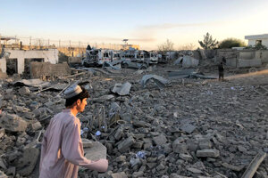Útoky v Afganistane pokračujú.