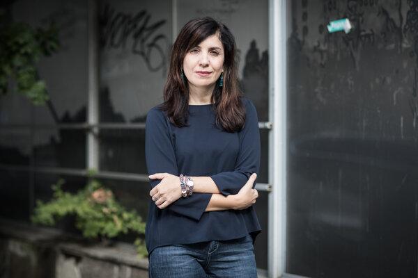 Talianska spisovateľka Nadia Terranova predstavuje v Bratislave svoj prvý román preložený do slovenčiny Zbohom prízraky.