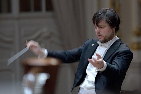 Dirigent Juraj Valčuha uvedie so Slovenskou filharmóniou na 55. ročníku BHS Dvořákovu Stabat Mater