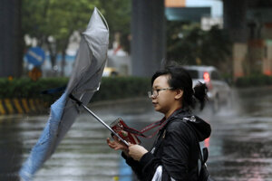 Tajfún Mitag zasiahol Južnú Kóreu.