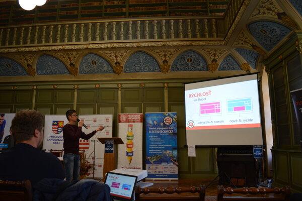 Druhý ročník Šarišského hackathonu - panelová diskusia.
