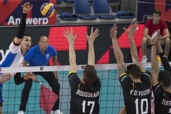 Matej Paták (vľavo) neskrýval po majstrovstvách sklamanie.