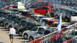Hodnota auta po kúpe prudko klesá. Ekonómovia vypočítali o koľko