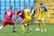 Futbalistov FC Košice čaká cez víkend náročná úloha, predstavia sa na ihrisku lídra tabuľky.
