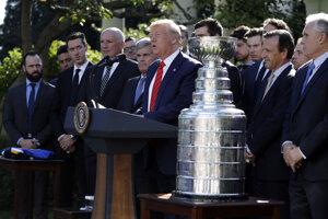 Donald Trump prijal tím St. Louis Blues v Bielom dome.