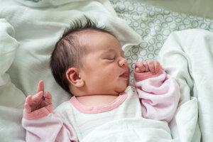 Alžbeta Mištinová (3620 g, 49 cm) sa narodila 7. októbra Jane a Martinovi z Trenčianskej Turnej.