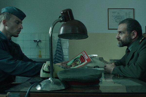 Juraj Bača a Ján Jackuliak vo filme Amnestie.