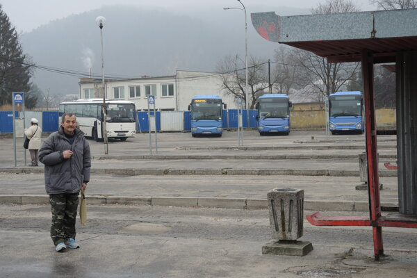 Autobusová stanica v Trenčíne.