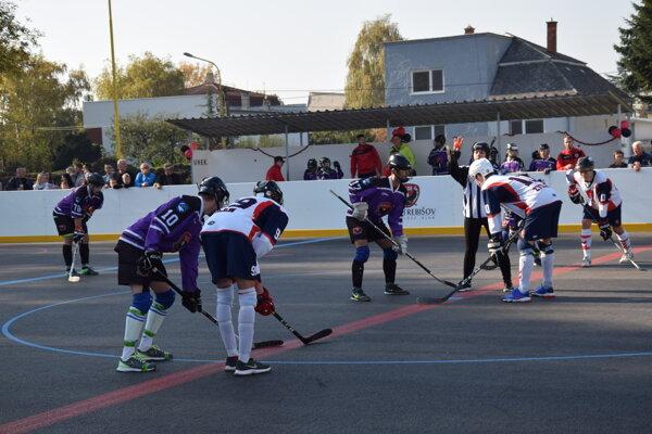 Nové hokejbalové ihrisko v Trebišove.