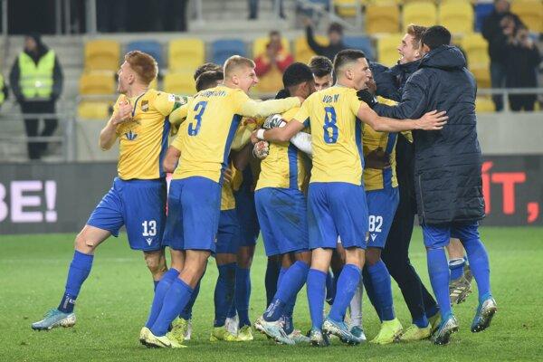 Futbalisti DAC po postupe do štvrťfinále Slovnaft Cupu.