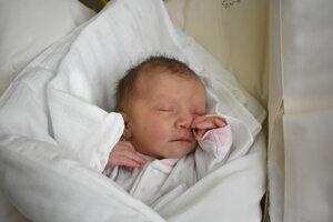 Nina Gabrišová (2460 g, 45 cm) sa narodila 28. októbra Veronike a Mariánovi z Hubiny.