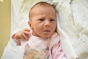 Emma Laurenčíková (2860 g, 49 cm) sa narodila 3. novembra Kataríne a Petrovi z Nemšovej.
