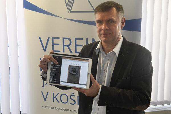 Autor mobilnej aplikácie Norbert Végh z Levoče.