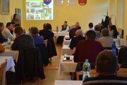Na stretnutí klubu starostov Lučenecka vo Vidinej sa preberalo viacero problémov  obecných samospráv.