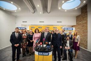 Andrej Kiska predstavil v pondelok časť kandidátky strany Za ľudí.