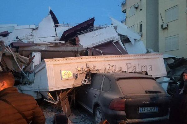 Albánsko zasiahlo silné zemetrasenie. Durres, 26. november 2019.