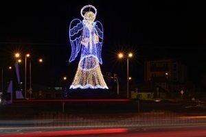 Popradský anjel, symbol Vianoc v meste.