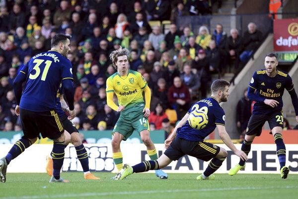 Momentka zo zápasu Norwich City - Arsenal Londýn.