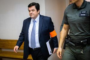 Marian Kočner počas hlavného pojednávania v prípade obžaloby za falšovanie zmeniek TV Markíza a marenie spravodlivosti.