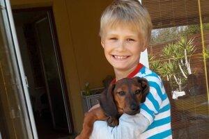 Natymu a jeho rodine sa v roku 2017 zmenil život.