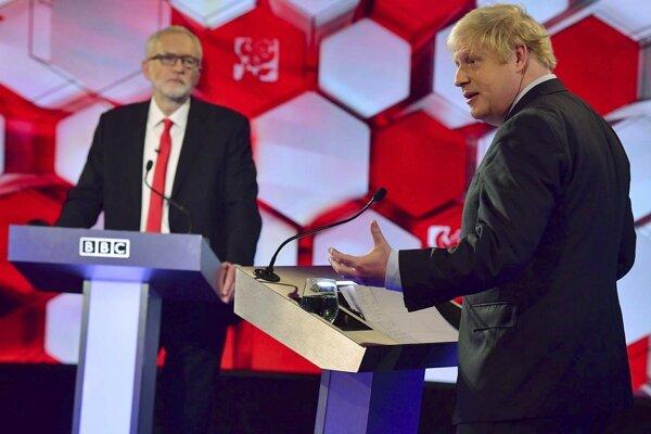 Corbyn a Johnson v poslednej debate pred voľbami.