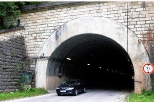 Tunel Stratená.