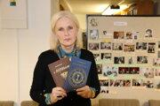 Známa slovenská spisovateľka Ivana Havranová v novomestskej knižnici