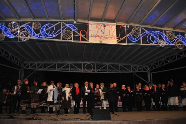 Aj tento rok sa v Michalovciach spievali koledy.