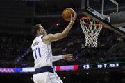 Luka Dončič v zápase základnej časti NBA 2019/2020 Detroit Pistons - Dallas Mavericks.