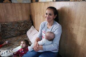 Lucia tvrdí, že keď unimobunku odťahovali bola vnútri aj s 2-mesačným synom Igorom.