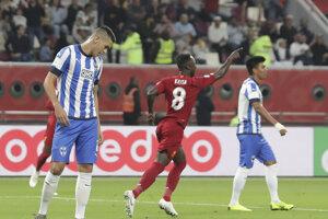 Naby Keita z Liverpoolu sa raduje z úvodného gólu v semifinále MS klubov.