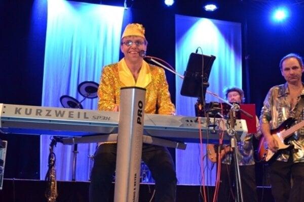 Elton John Show.