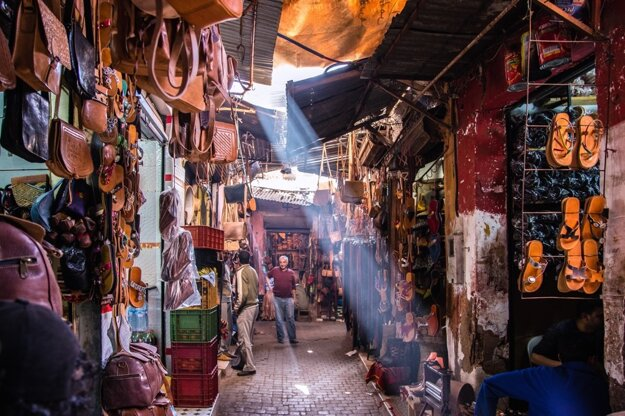 V centre Marakéša sa najlepšie pohybuje pešo