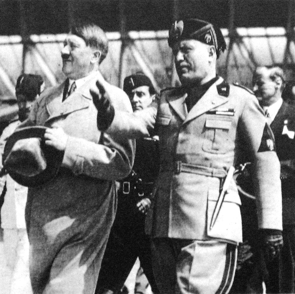 Mussolini založil v roku 1919 prvú fašistickú organizáciu.