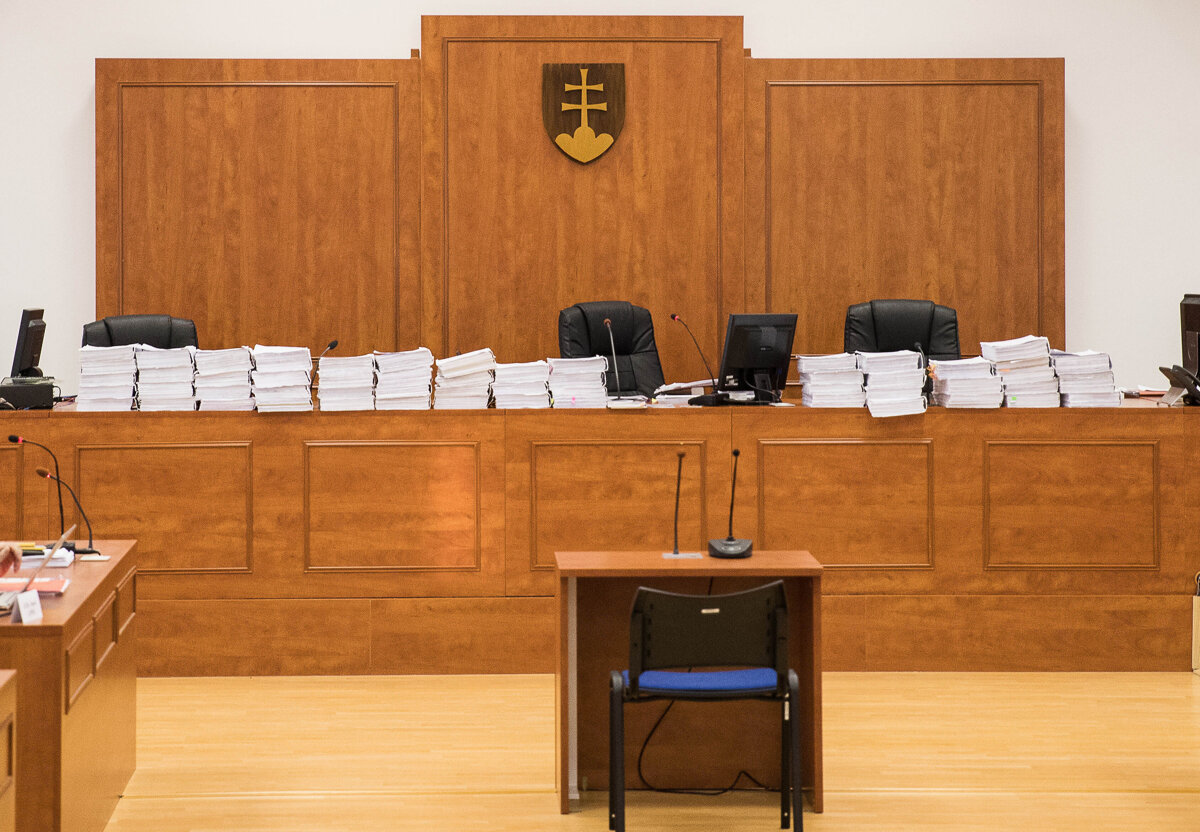 Po zrušenom termíne sa kauzou Gemerský mlyn bude zaoberať súd zrejme na jeseň - SME
