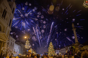 Nový rok dnes privítalo v centre Banskej Bystrice množstvo ľudí.