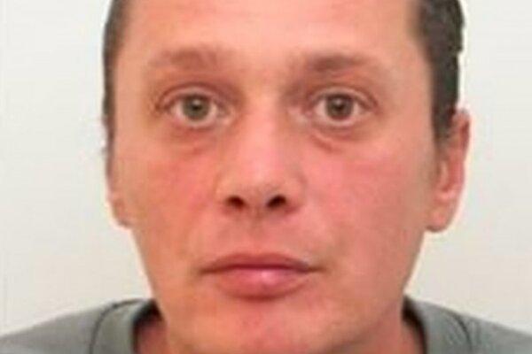 Polícia žiada o pomoc pri pátraní po nezvestnom 39-ročnom Milanovi Golemovi z Lužianok pri Nitre.