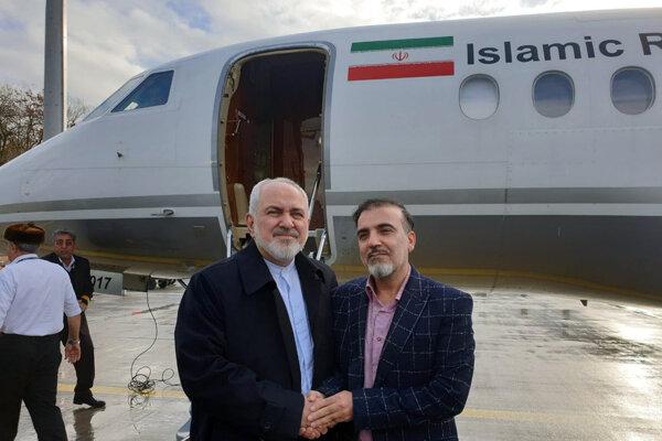 Zľava Kásim Sulejmání a iránky minister zahraničných vecí Mohammad Džavád Zaríf na snímke zo 7. decembra.