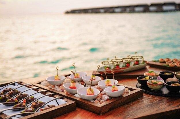 Jedlo na Maldivách je pripravené hlavne z morských plodov a rýb