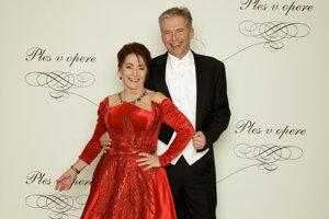 Peter Princ, producent Plesu v opere, agentúra Monarch s manželkou Helenou