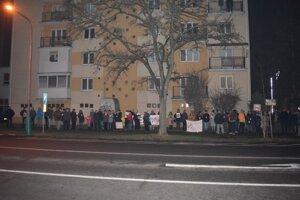 zhromaždenie proti nenávistnej politike, ktorú vedú Kotlebovci.