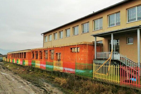 Škôlku v Spišskej Belej obnovujú.