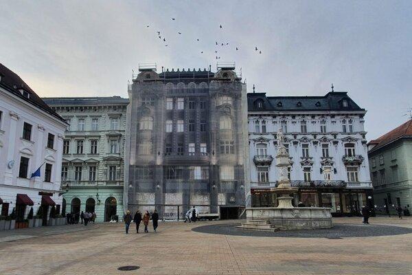 Aktuálna podoba budovy na Hlavnom námestí.