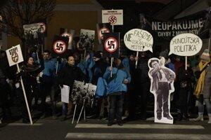 Protest proti násiliu a extrémizmu v Sabinove.